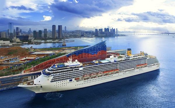 """歌诗达""""大西洋""""号在深圳母港启航。"""