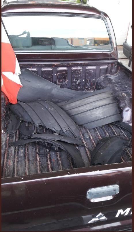 随后,Flybondi航空公司发布了一份声明,称此次飞机轮胎的橡胶片失踪落产生的未便,并不窒碍飞机的坦然着陆。