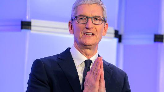 """盖世汽车讯 知情人士透露,苹果本周刚刚解雇了其自动驾驶汽车团队""""泰坦""""的200多名员工。苹果公司一位发言人承认了裁员消息,但表示该公司仍认为自动驾驶汽车领域存在很大的机遇。"""