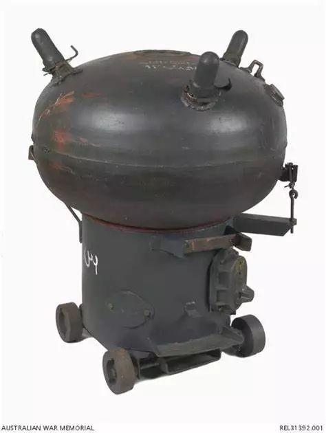 伊拉克海军布设的LUGM-145触发型锚雷,造价仅1500美元。