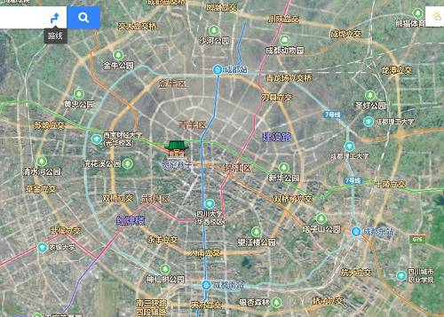 从市中心到郊区,一环一价,资源也规律的向外进行摊薄。所以环线型城市,除了苏州这样为了保护古城特殊原因,大多数市中心虽然不再成长,可