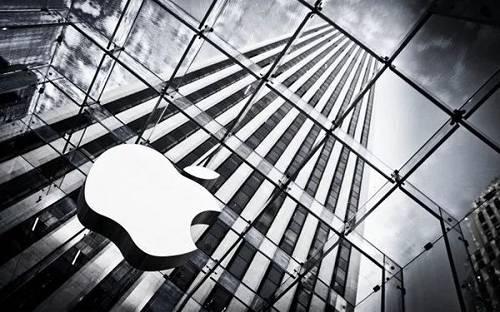 """报。道介绍,苹果昔时曾为本身的做法进走过辩护,称只有商品和服务经由过程答用出售出往后,公司才会收取佣金。""""吾们的用户信任苹果——这栽信任对吾们如何运营一个公平、有竞争力的开发者答用程序分销商店至关主要。""""该公司此前曾外示。"""