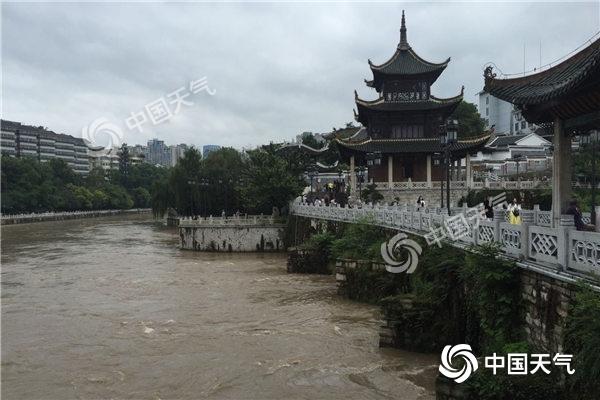 贵州降雨致部分路段塌方景区关闭 今天局地仍有大暴雨