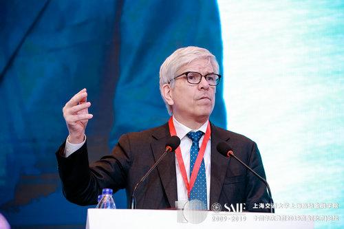 2018年诺贝尔经济学奖获得者保罗·罗默(Paul Romer)
