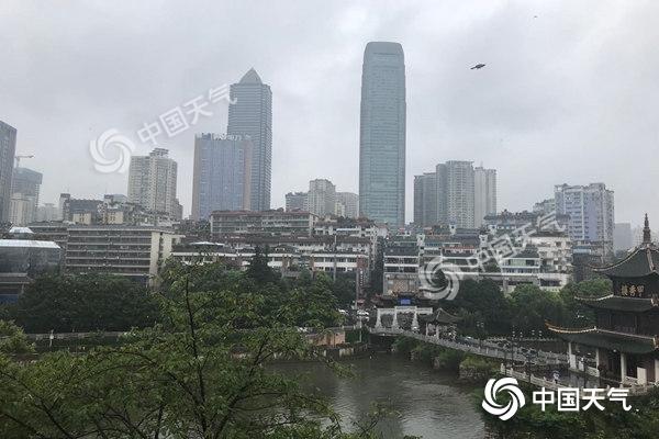 强降雨来袭!7-9日贵州多地现暴雨 气温波动凉似秋