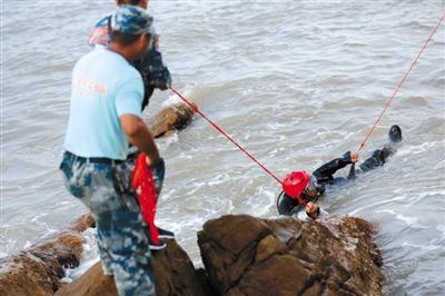 20海里内搜救 未见失联女童