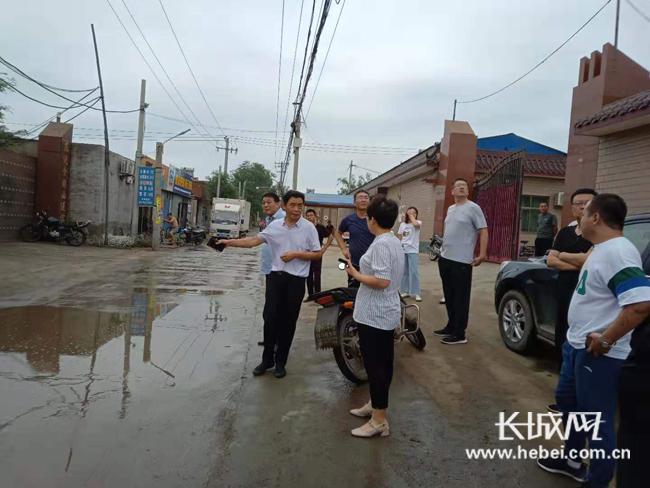 安国:多部门联合开展洪水灾害避险转移演练