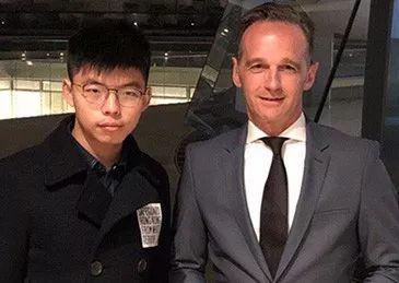 长安街知事:德国外长迎接黄之锋窜访 华春莹怒批3个词