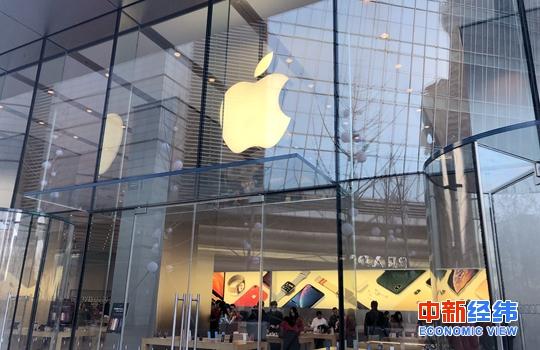 <b>新版iPhone预售热:换机党陷入纠结,黄牛党放弃入场</b>