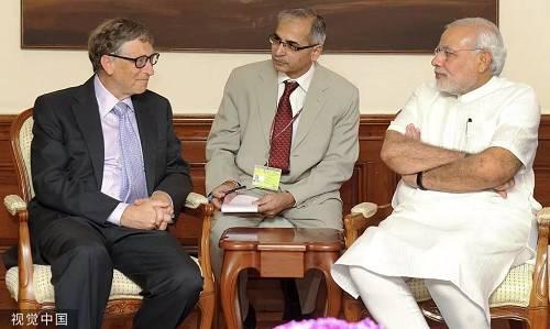2014年9月19日,比尔·盖茨和妻子梅琳达出访印度,与莫迪会晤。