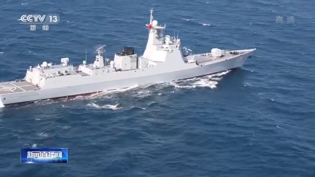 此时,海盗船只不息向吾编队挨近,银川舰武断对现在标实走警告射击。