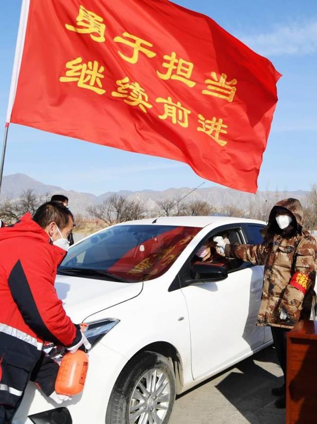 怀来:战斗在疫情一线的中国红