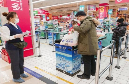 图:苏宁家乐福收银1米线