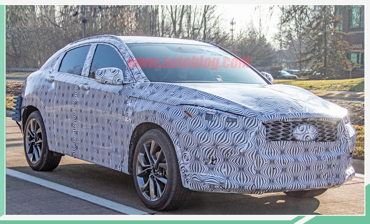 年底首发/定位中型轿跑SUV 英菲尼迪QX55预告图