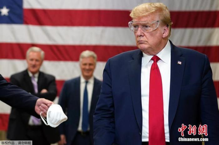 参加特朗普竞选集会者须签声明 若感染新冠不得起诉