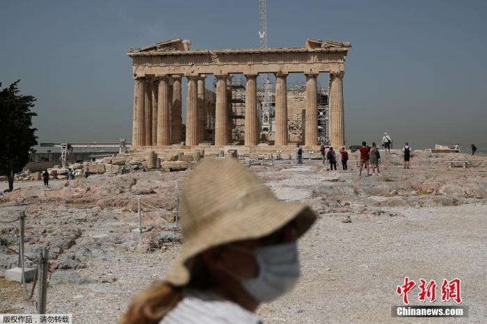 忧传统假期或致疫情扩散 希腊专家建议取消节庆活动