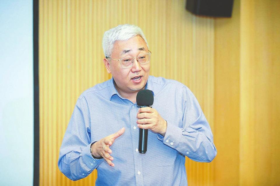 每经专访中国银河证券首席经济学家刘锋:下半年依然需要宽松的金融环境,不必担忧政策转向