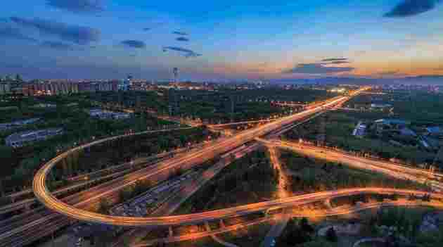 """""""交通强国"""" 影响下一个五年城市格局"""
