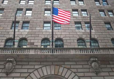 美国联储局:经济仍远逊疫情前 重申将会用一切工具支持经济