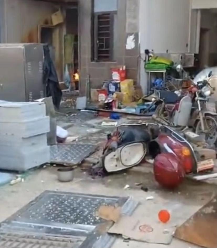 湖南汨罗一餐馆发生爆炸致34人受伤,其中1人重伤