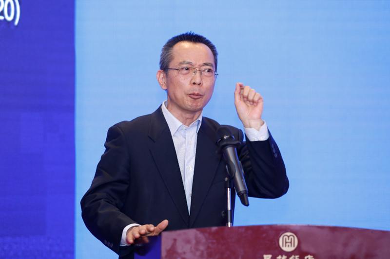 洪中文大学名誉研究员云龙:调整养老结构势在必行