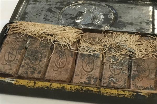 usdt不用实名交易(caibao.it):澳大利亚发现120年前的巧克力:原封未动、稍微腐烂了点