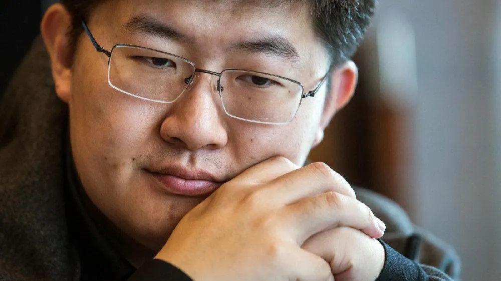 作者还通过数据分析指出中国的虚拟货币交易所——火币币安Lbank等都存在成交量_币圈论坛