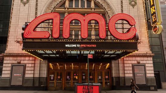 万达集团再减持美国最大院线AMC股份:套现2.21美元,持股降至6.8%!股价1月内累计下跌38%