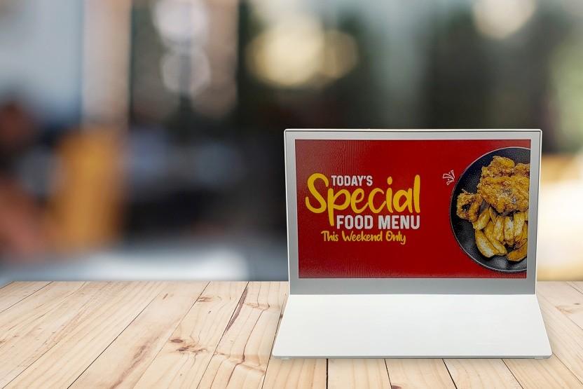 元太科技E Ink Spectra 3100获冠捷科技采用推出7.3英寸彩色电子纸广告牌