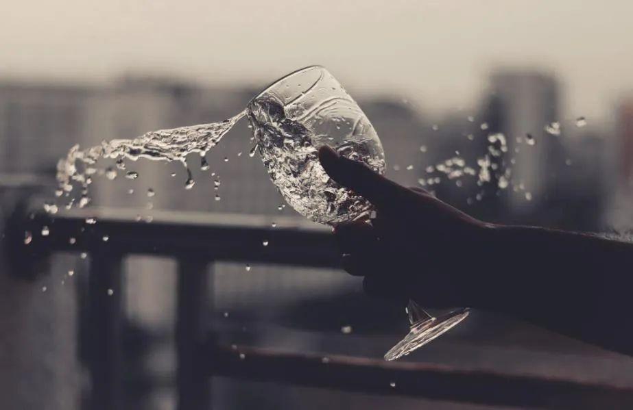 酒企风云录:2020年白酒为何总是涨涨涨?