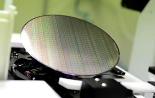 研究机构:显示驱动芯片供应依旧紧张