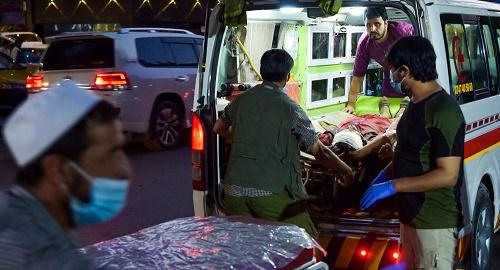 美媒:喀布尔机场自杀式爆炸恐袭死亡超100 包括13美国军人