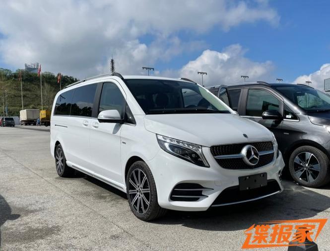 2021成都车展探馆:新款奔驰V级实车