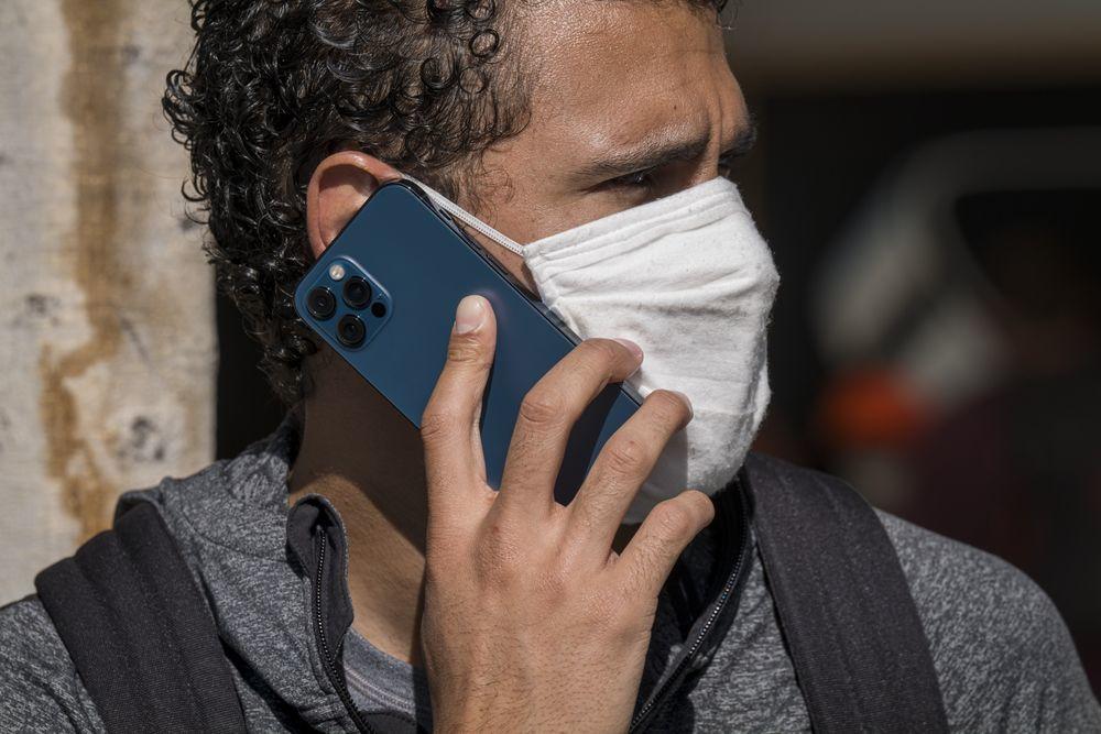 """苹果推出iPhone 12维修计划 解决""""无声音""""问题"""