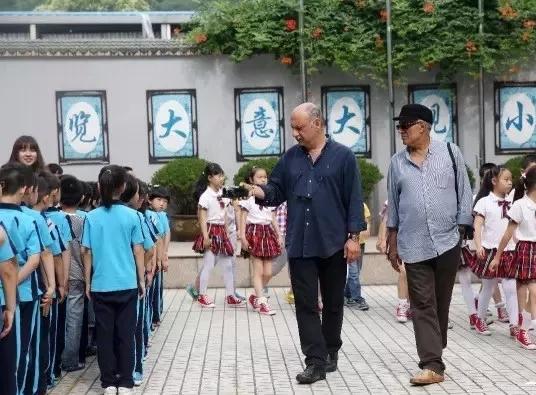 杭州小学生做的旅行攻略上热搜!来看看电影大师镜头下的杭州小学生